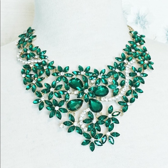 Cherryl's Jewelry - Emerald Green Crystal Formal Statement Necklace